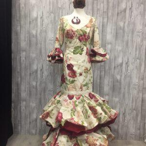 Traje de flamenca estampado y combinado