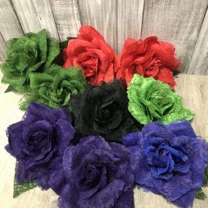 Flor flamenca con encaje en sus pétalos combinados entre si con tela del mismo color, una flor de flamenca muy original !!!!!
