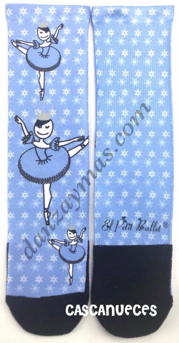 Calcetines calentadores para danza que podrás usar de diferentes modos. Uno , para proteger tus puntas , dos , como calcetin o tres, como calentadores.