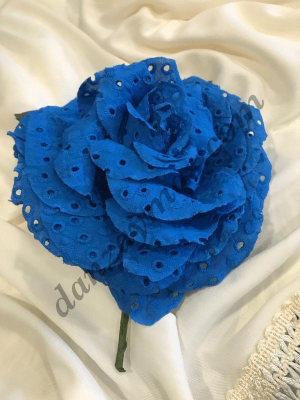 Flor flamenca en tela perforada con muy bonitos colores y original para que luzcas en tus fiestas rociera