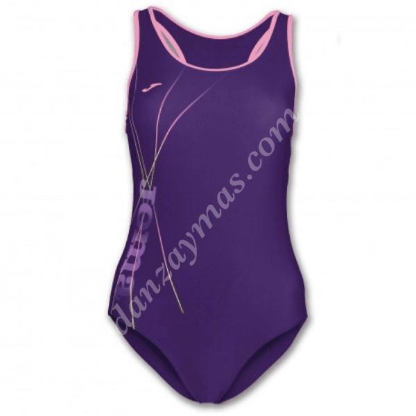 Bañadores de mujer marca Joma en licra con escote alto y espalda nadador para mayor confort en tus entrenamientos
