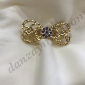 Broche huertana niña para traje regional Murciano en dorado con forma de lacito
