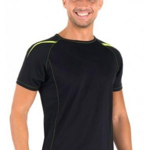 Camisetas de deporte hombre en tejido técnico con bonitos detalles en fluorescente verde