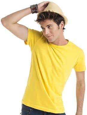 Camisetas básicas de manga corta confeccionada en algodón pensada par cualquier actividad deportiva y unisex