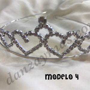 Corona disfraz brillante metalizada con piedrecitas