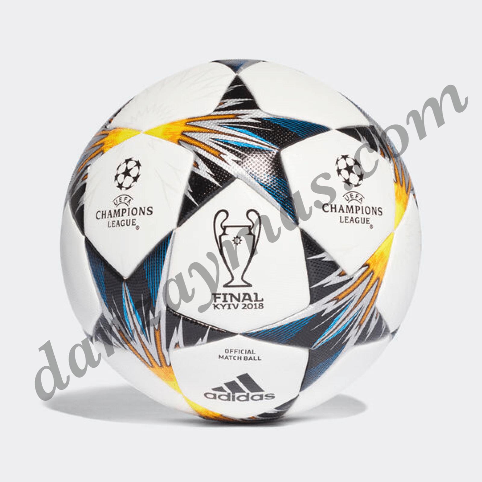Balón de futbol Adidas Capitano