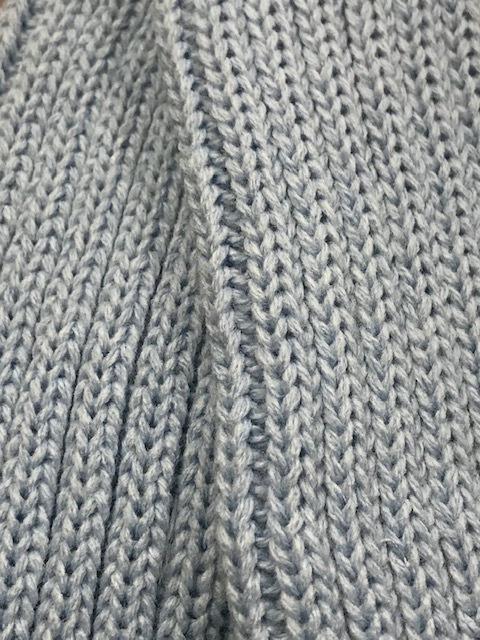 Calentador ballet celeste confeccionado en lana acrílica cortos