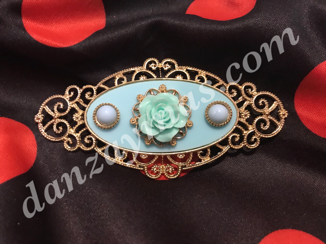 Broche flamenco con rosa