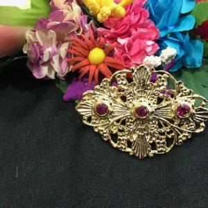 Broche huertano para mujer en dorado y piedras con color para combinar con tu refajo de huertana