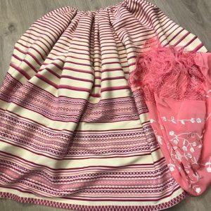 Refajo rodado rosa para señora con listas verticales de 3 metros con cinta en la cinturilla para adpatarlo a todos los tamaños