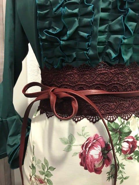 Fajin flamenca combinado de encaje y polipiel.Un fajín que también te complementara en tu atuendo flamenco