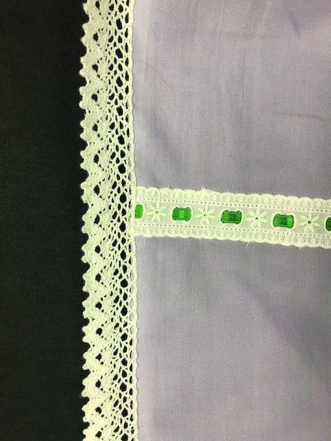 Delantal de huertana lila para señora con lazos verdes