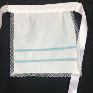 Delantal para bebe huertana en color blanco y azul