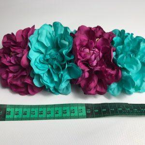 Tiara flamenca con claveles de un color o combinados