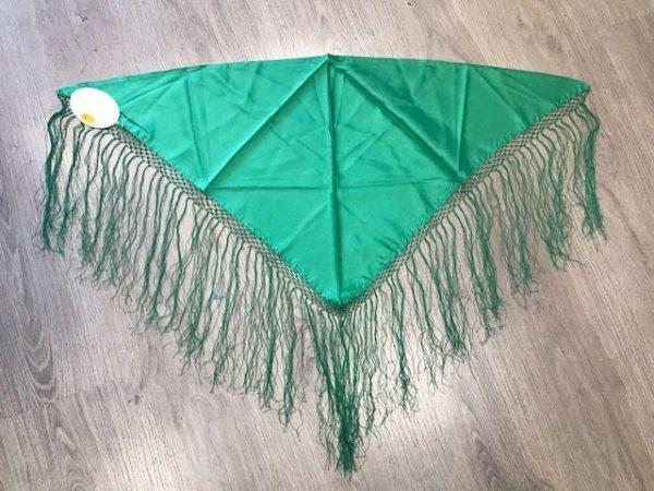 Pico para niña huertana verde con flecos cosidos a mano