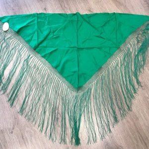 Pico huertana señora verde con flecos hechos a mano