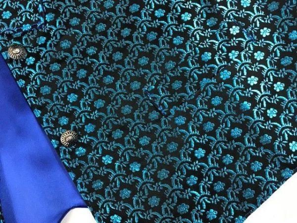 Chaleco huertano azul brocado con flores