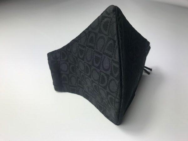 Mascarilla negro ejecutivo con doble tejido para colocar filtro incluido