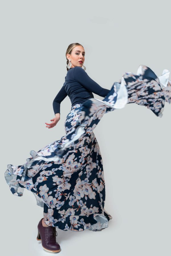 Falda ensayo con flores para flamenca