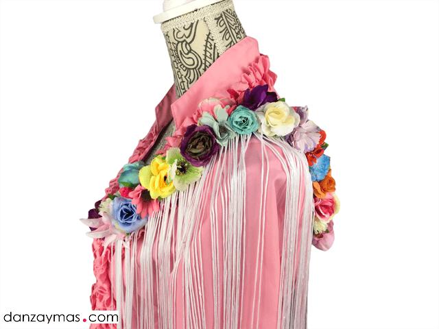 Hombrera flamenca alargada con flores 1185