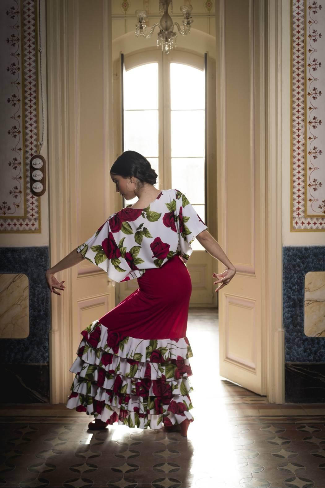 Cuerpo para baile flamenco con flores 4070
