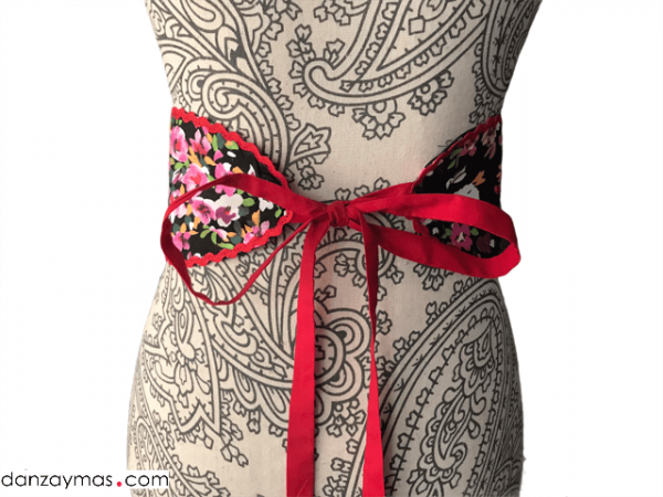 Cinturón para flamenca flores